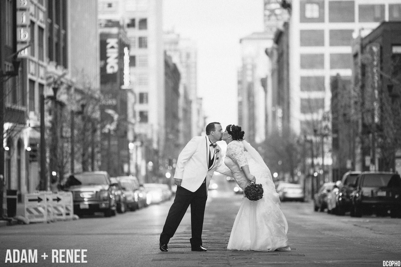 downtown st louis wedding photographer